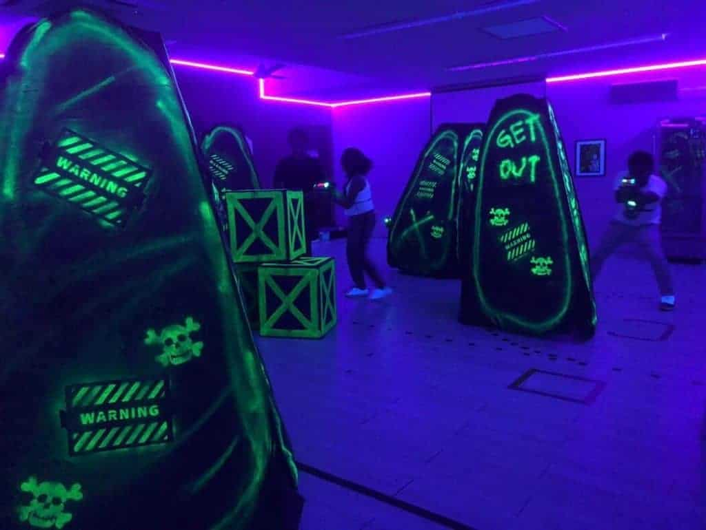 laser tag techniques - watch out for your shoulders
